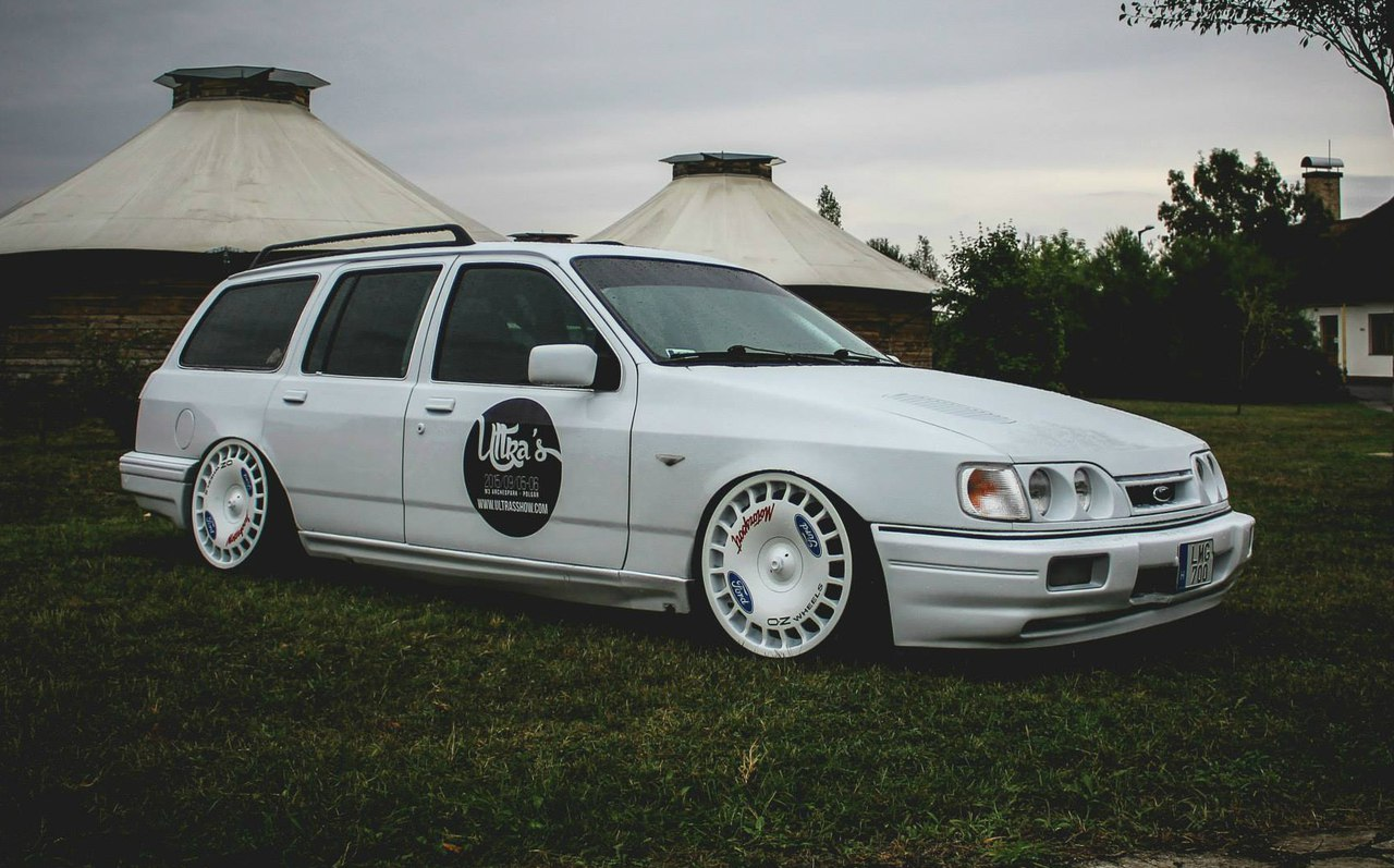 Ford Sierra Wagon Automotive Tuner